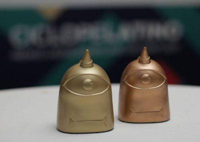 acabado-policromado-ciclope-premios-artificionet