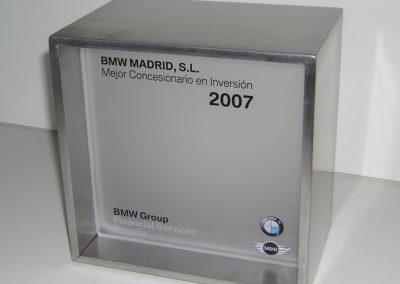 Metal-BMW-artificionet