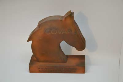 trofeos-acabados-metalizados-caballo-covap-artificionet