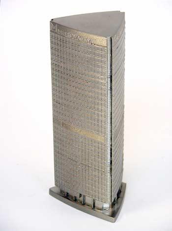trofeos-acabados-metalizados-edificio-artificionet